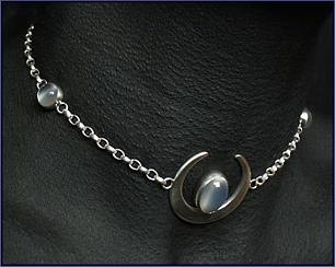 Luna handcrafted jewellery, unique chocker/necklace made with sterling silver and moonstone
