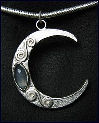 Moontime handcrafted jewellery, unique chocker/necklace made with sterling silver and moonstone